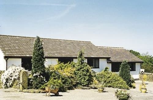 Last Minute Cottages - Delightful Chesterfield Cottage S16533
