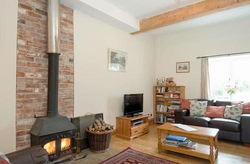Big Cottages - Superb Chippenham Cottage S13695