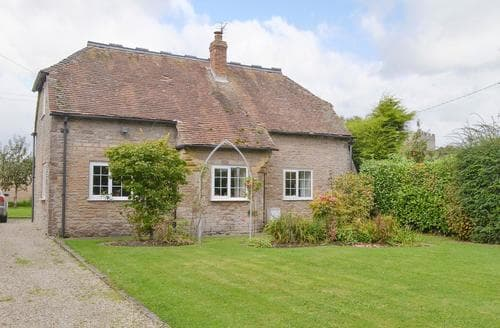 Last Minute Cottages - Tasteful Hereford Cottage S16896