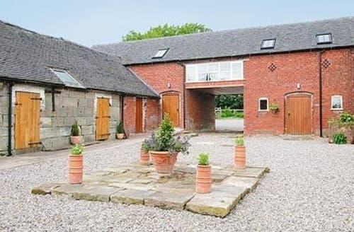 Big Cottages - Gorgeous Leek Cottage S16008
