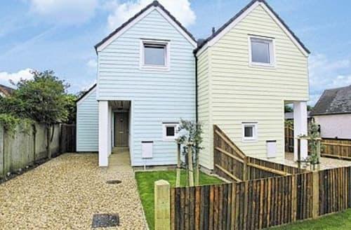Big Cottages - Lovely Bognor Regis Cottage S13862