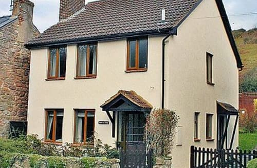 Last Minute Cottages - Luxury Coleford Cottage S16211