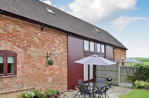 Last Minute Cottages - Delightful Evesham Cottage S38020