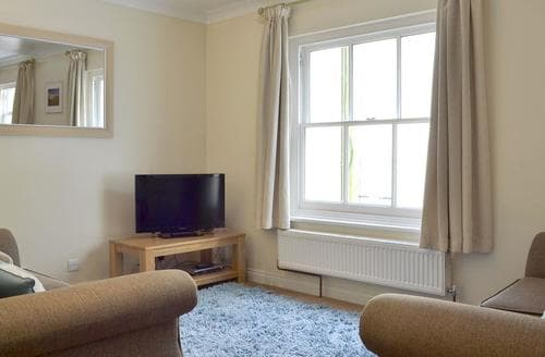 Last Minute Cottages - Cosy Brighton Cottage S13885