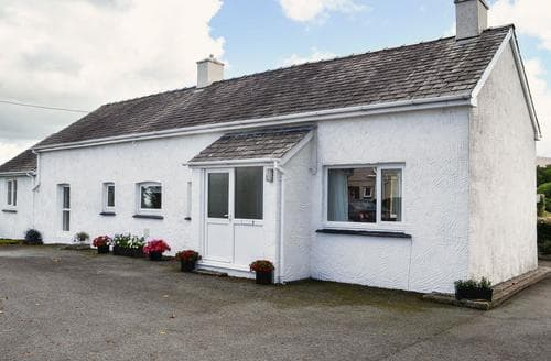 Big Cottages - Attractive Caernarfon Cottage S22201