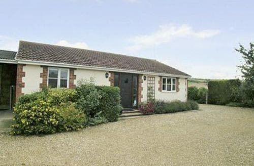 Last Minute Cottages - Tasteful Devizes Cottage S13703
