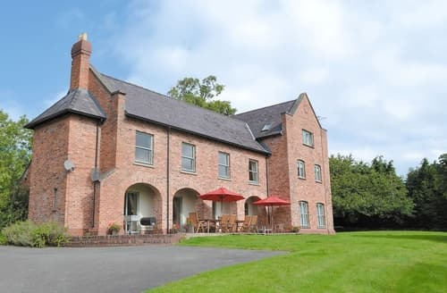 Big Cottages - Beautiful Welshpool Cottage S21462