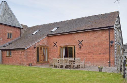 Big Cottages - Stunning Tenbury Wells Cottage S16377