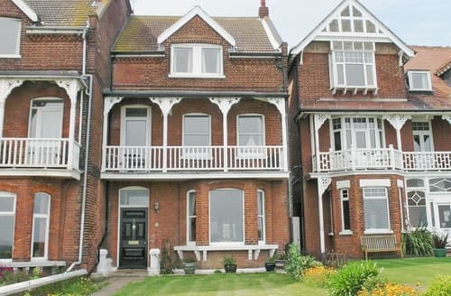 Big Cottages - Attractive Broadstairs Cottage S13547
