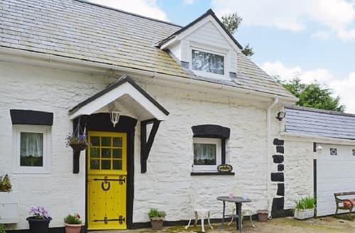 Last Minute Cottages - Glanyrafon Cottage