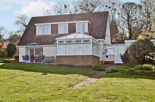 Big Cottages - Stunning Brighstone Cottage S14191