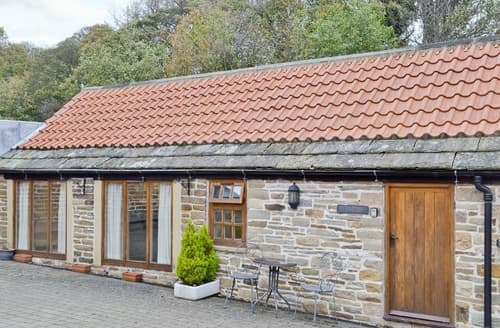 Last Minute Cottages - Tasteful Chesterfield Cottage S16540