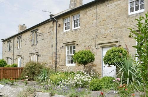 Last Minute Cottages - Exquisite Warkworth Cottage S14705