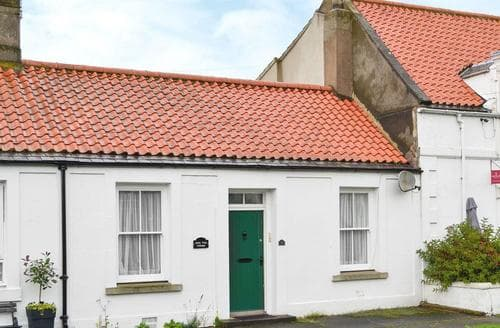 Dog Friendly Cottages - Inviting Berwick Upon Tweed Cottage S14507