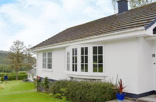 Dog Friendly Cottages - Cosy Aberdovey Cottage S24649