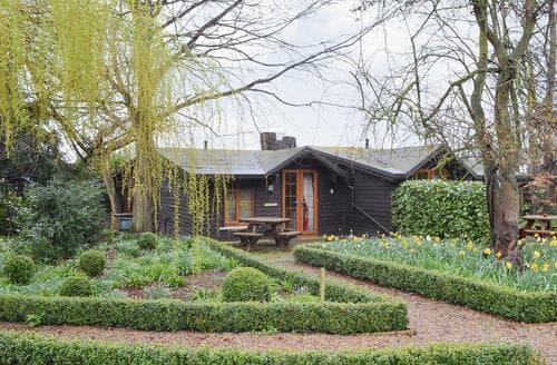 Last Minute Cottages - Superb Tunbridge Wells Cottage S13661