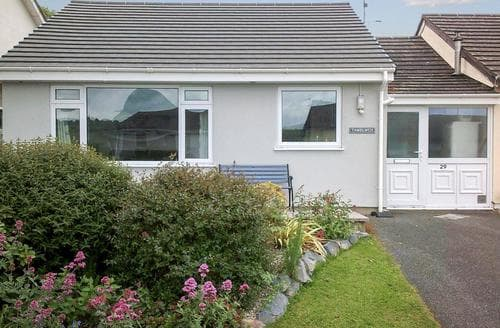 Last Minute Cottages - Quaint Fishguard Cottage S21830