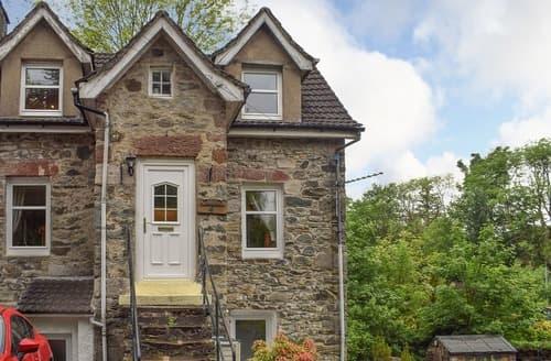 Last Minute Cottages - Excellent Helensburgh Cottage S23034