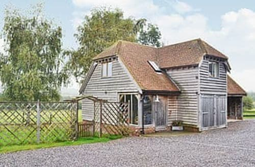 Last Minute Cottages - The Barn At Iverwood Farm -  28023