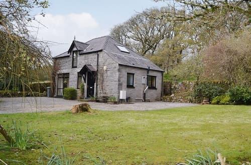 Last Minute Cottages - Exquisite Sandyhills Cottage S23729
