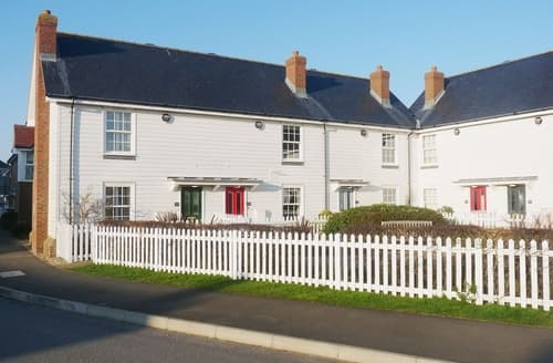 Dog Friendly Cottages - Attractive Rye Cottage S14013