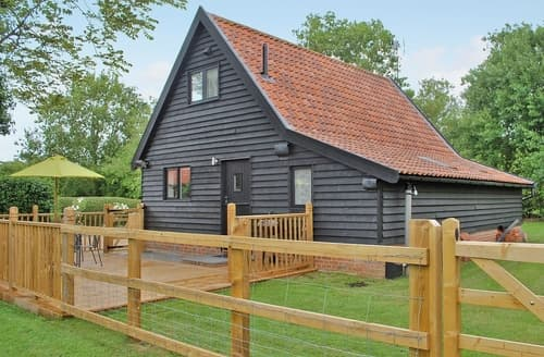 Last Minute Cottages - Splendid Ipswich Lodge S17934