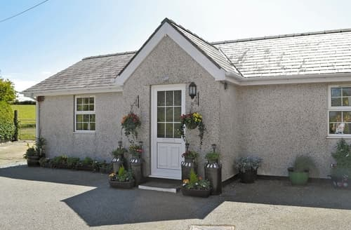 Dog Friendly Cottages - Captivating Amlwch And North Anglesey Heritage Coast Cottage S22044