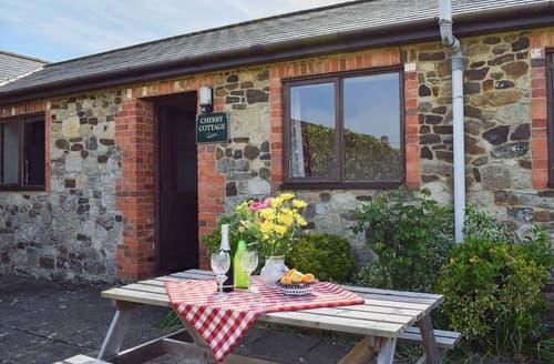 Big Cottages - Charming Brighstone Cottage S14201