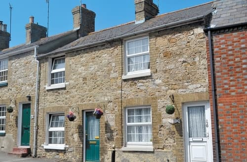 Last Minute Cottages - Luxury Bembridge Cottage S14176