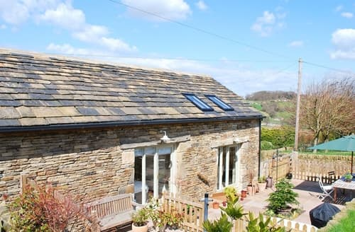 Last Minute Cottages - Captivating Holmfirth Cottage S15667