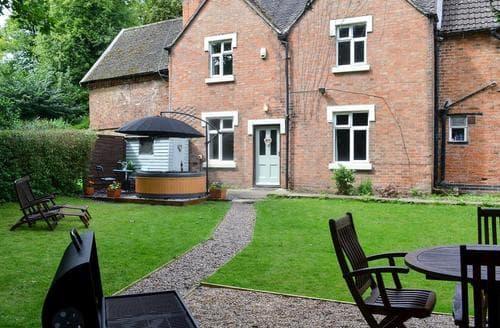 Big Cottages - Stunning All Nottinghamshire Cottage S15975