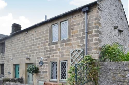 Last Minute Cottages - Wonderful Bakewell Cottage S16477