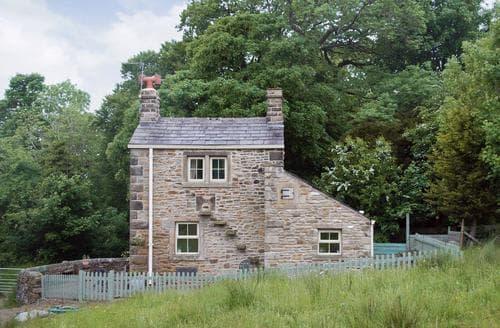 Last Minute Cottages - Wonderful Clitheroe Cottage S18235
