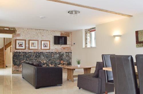Last Minute Cottages - Wonderful All Northamptonshire Cottage S45563
