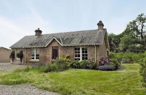 Big Cottages - Cosy Ballindalloch Cottage S22791
