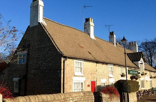 Last Minute Cottages - Quaint All Nottinghamshire Cottage S15977