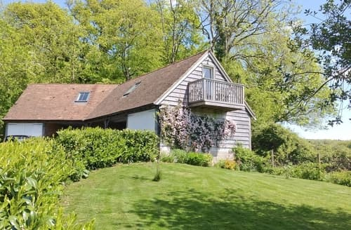 Dog Friendly Cottages - Attractive Chichester Cottage S13925