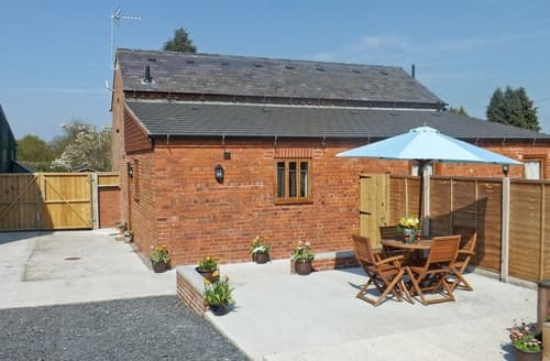 Last Minute Cottages - Attractive Oswestry Cottage S16840