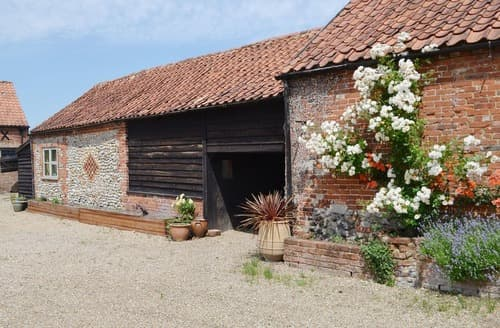 Last Minute Cottages - THE OAT STORE