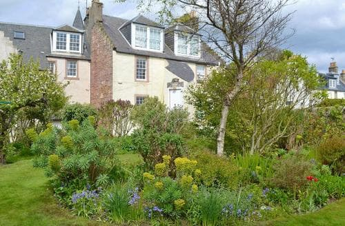 Last Minute Cottages - Luxury Anstruther Apartment S23296