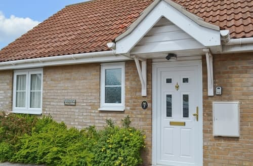 Last Minute Cottages - Charming Stowmarket Cottage S18034
