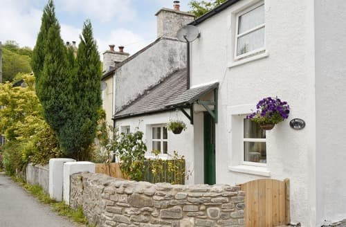 Last Minute Cottages - TY MELYN MAIR