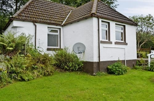 Last Minute Cottages - Quaint Acharacle Cottage S22566