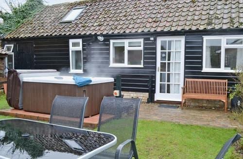 Last Minute Cottages - Captivating Ely Cottage S17020