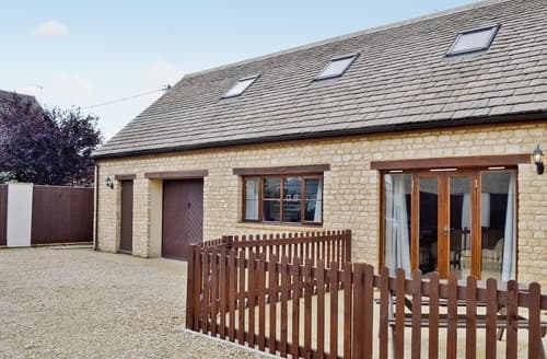 Last Minute Cottages - Adorable Chipping Norton Cottage S15699