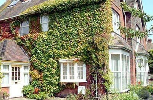 Big Cottages - Beautiful Eastbourne Cottage S13930