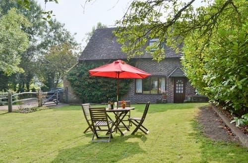 Last Minute Cottages - Excellent Tunbridge Wells Cottage S13657