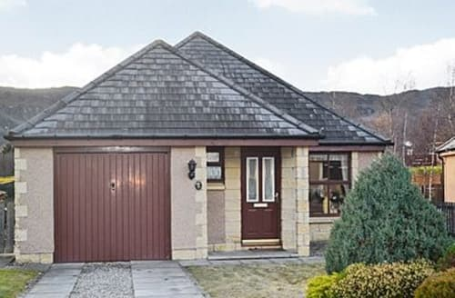 Big Cottages - Stunning Aviemore Cottage S22673