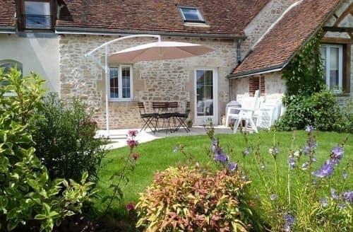 Last Minute Cottages - Quaint Orleans Cottage S118402