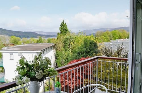 Last Minute Cottages - Exquisite Bowness On Windermere Cottage S24405